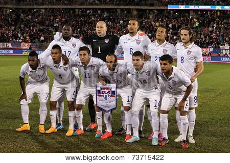 HARTFORD - OCTOBER 10: US Men`s  players before the International Friendly match between US Men`s National Team vs Ecuador,  on October 10, 2014, in Rentschler Field stadium, Hartford, USA.