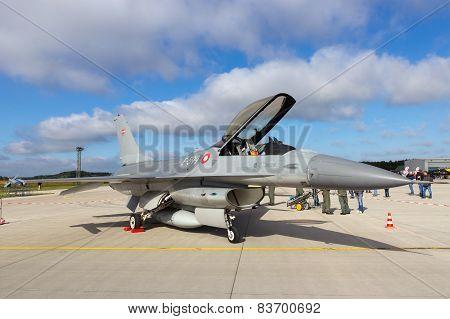 Danish F-16