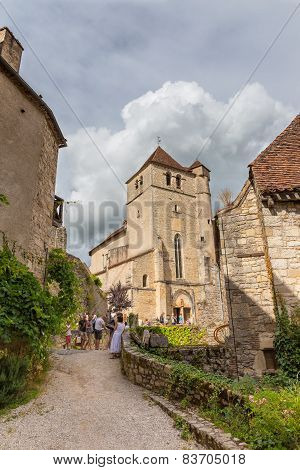 Tourists Visiting Saint-cirq-lapopie In France