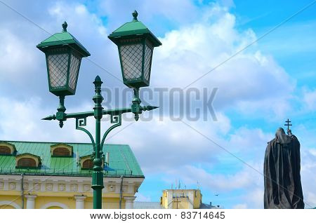 Streetlight against the blue sky.