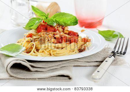 Tasty Spaghetti With Tomato Sauce And Mushrooms