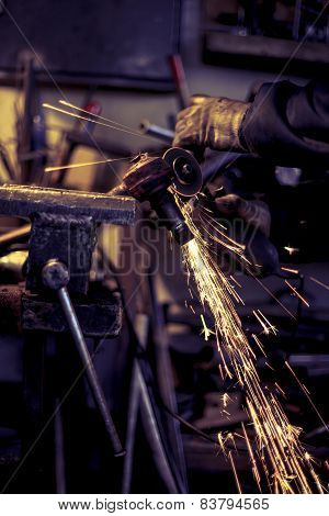 Metal Grinding On Steel Spare Part
