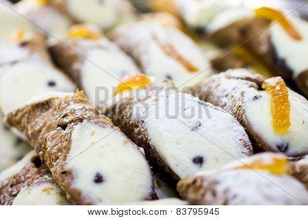 Cannoli, Typical Sicilian Desserts