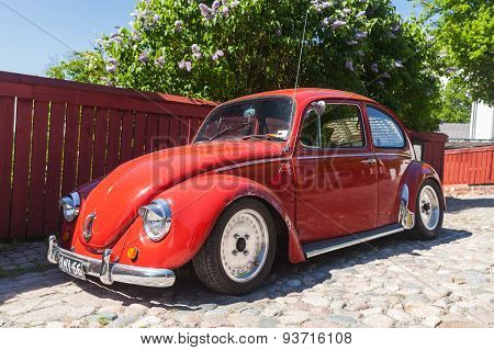 The Very Last Volkswagen Beetle Modification