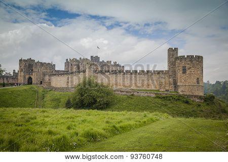 Alnwyck Castle
