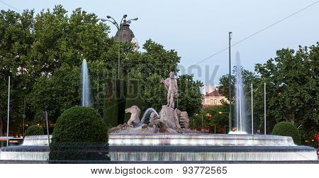 Neptune Chariot Horses Statue Fountain Madrid Spain