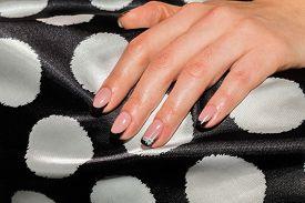pic of  art  - Beautiful manicure nails - JPG