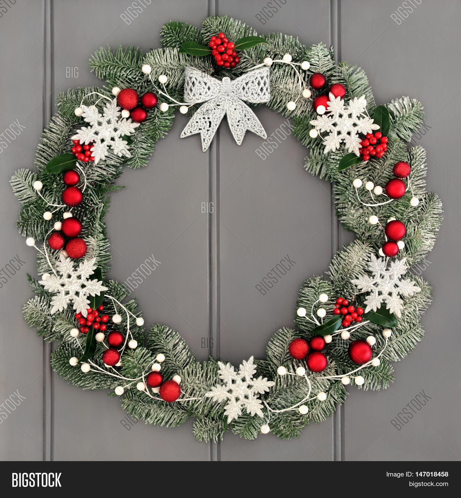 Christmas Wreath Decoration Silver Image & Photo | Bigstock