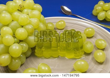 gelatin white grape jelly, fruit dessert homemade, bunch of grapes