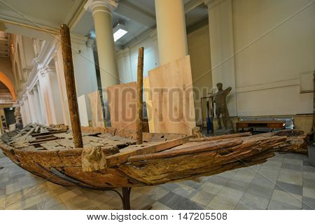 CAIRO, EGYPT - 02 JANUARY 2016 : Wooden Kingdom boat in Egyptian Museum in Cairo.