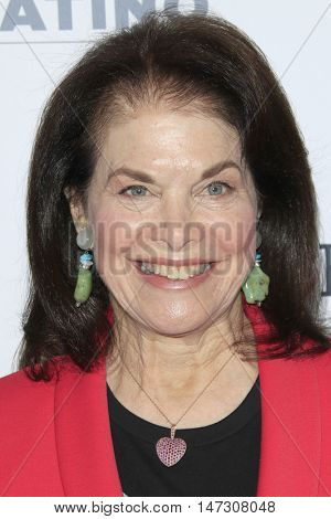 LOS ANGELES - SEP 9:  Sherry Lansing at the 5th Biennial Stand Up To Cancer at the Walt Disney Concert Hall on September 9, 2016 in Los Angeles, CA