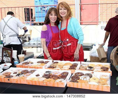 LOS ANGELES - SEP 9:  Kate Linder, Lee Purcell at the Police and Fire Fighters Appreciation Day BBQ at the LAPD Hollywood Division on September 9, 2016 in Los Angeles, CA