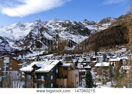 View of one of the most popular ski resort of Saas-Fee is located in the south of Switzerland, near mount Valpelline.He was surrounded by thirteen peaks over 4,000 meters high.
