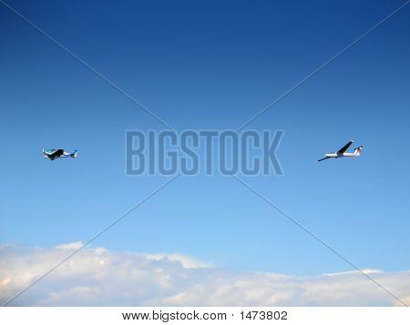 Glider Being Aerotowed
