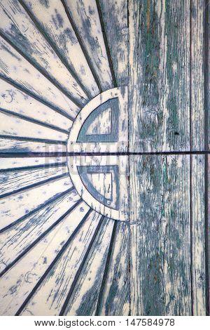 Closed Wood Door   Varese Italy Sumirago