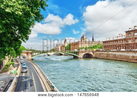 River Seine, Registry Of The Paris Commercial Court And Bridge Of Changed In Paris. France.