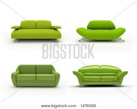Sofás modernos cuatro verdes sobre fondo blanco aislaron 3D