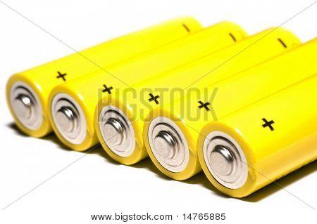 Baterías aisladas en blanco