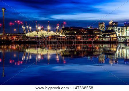 Illuminated Cityscpae With Canary Wharf