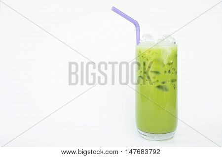 Green tea with milk The refreshing taste sweet