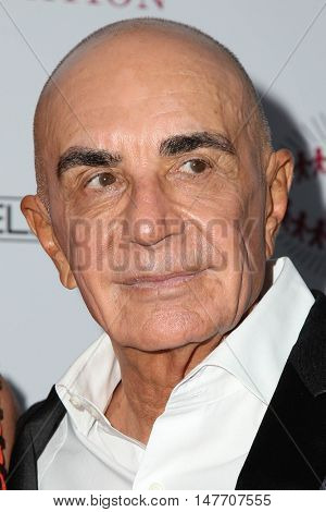 LOS ANGELES - SEP 17:  Robert Shapiro at the Brent Shapiro Foundation for Alcohol and Drug Prevention at the Private Residence on September 17, 2016 in Beverly Hills, CA