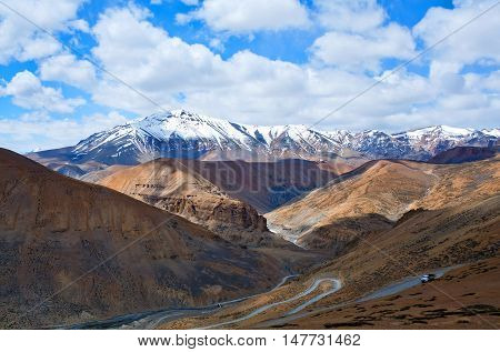 Himalayan Mountain Landscape Along Manali - Leh National Highway In Ladakh, India