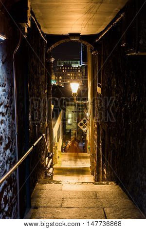 Small Alleyway In Edinburgh, Scotland, At Night
