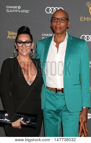 LOS ANGELES - SEP 16:  Michelle Visage, RuPaul Charles at the TV Academy Performer Nominee Reception at the Pacific Design Center on September 16, 2016 in West Hollywood, CA