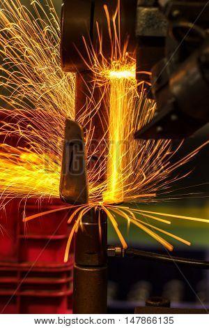 Light on link automotive spot welding Industrial.