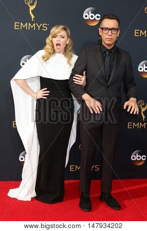 LOS ANGELES - SEP 18:  Natasha Lyonne, Fred Armisen at the 2016 Primetime Emmy Awards - Arrivals at the Microsoft Theater on September 18, 2016 in Los Angeles, CA