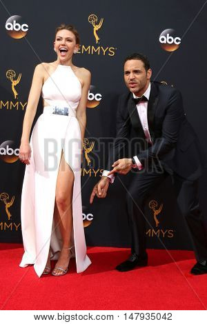 LOS ANGELES - SEP 18:  Aimee Teegarden, Daniel Sunjata at the 2016 Primetime Emmy Awards - Arrivals at the Microsoft Theater on September 18, 2016 in Los Angeles, CA
