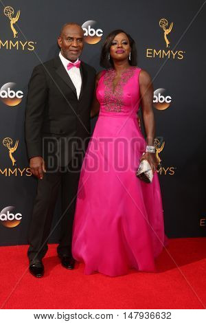 LOS ANGELES - SEP 18:  Husband, Viola Davis at the 2016 Primetime Emmy Awards - Arrivals at the Microsoft Theater on September 18, 2016 in Los Angeles, CA