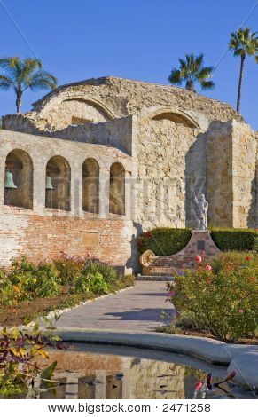 Mission San Juan Capistrano Statue And Bells