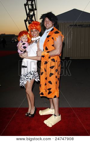 LOS ANGELES - OCT 29:  Melissa Ryecroft,Tye Strickland,daughter Ava arriving at the 18th Annual 'Dream Halloween Los Angeles' at Barker Hanger on October 29, 2011 in Santa Monica, CA