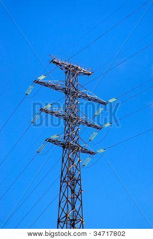 Electric high voltage pylon