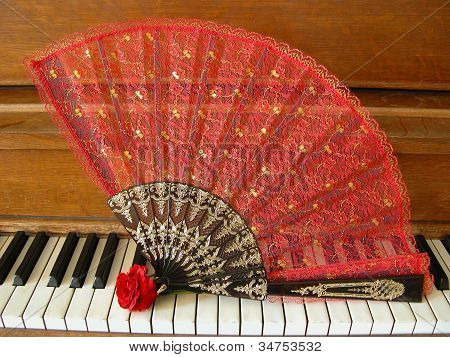 Fan, Rose & Piano 1