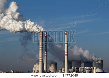 Huge Smoke From Coal Power Plant