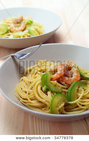 Spaghetti Pasta With Fresh Shrimps And Zucchini Sauce