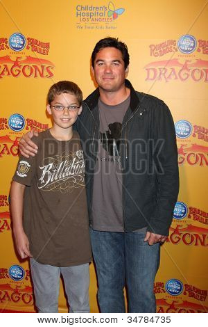 LOS ANGELES - JUL 12:  Dean Cain and son (in brown) arrives at 'Dragons' presented by Ringling Bros. & Barnum & Bailey Circus at Staples Center on July 12, 2012 in Los Angeles, CA