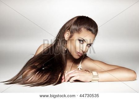 Portrait Of Attractive Brunnete Lady Looking At Camera.