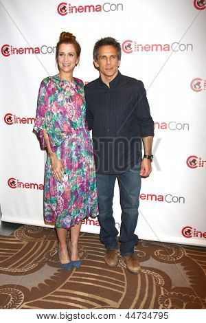 LAS VEGAS - APR 18:  Kristen Wiig, Ben Stiller at the Twentieth Century Fox Photo Line at the Caesars Palace on April 18, 2013 in Las Vegas, NV