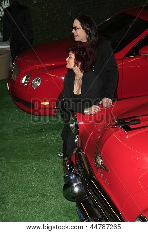 BEVERLY HILLS - NOV 26: Ozzy Osbourne, Sharon Osbourne at a preview of their Osbourne Memorabilia auction at the Gibson Guitar Showroom November 26, 2007 in Beverly Hills, California