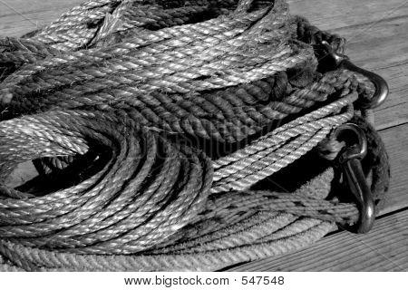 Rope Pile 3 Bw