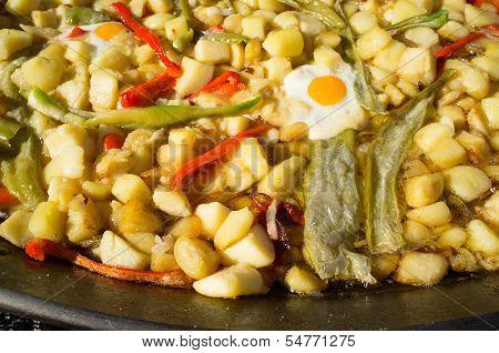 Patatas a lo pobre, Spanish traditional stew