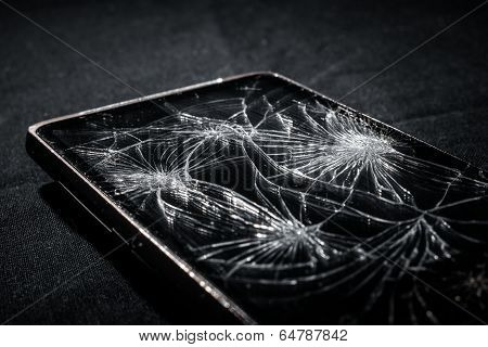 phone with broken screen