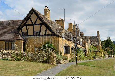 Traditional Cotswolds Cottages