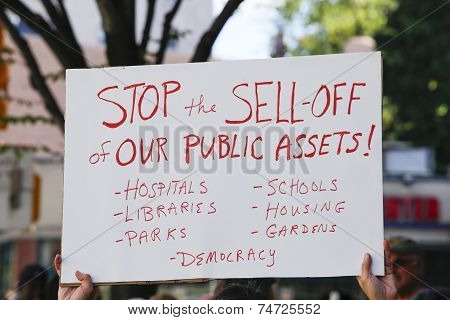 Stop Sell Off sign