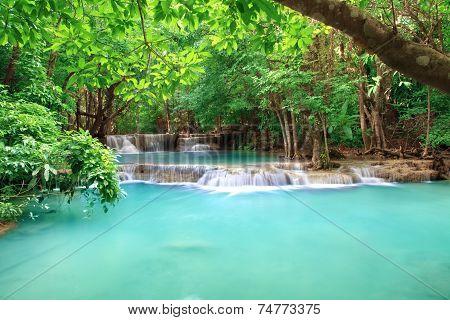 Water Fall Hua Mae Kamin Kanchanaburi, Thailand (hua Mae Kamin Waterfall Nation Park)