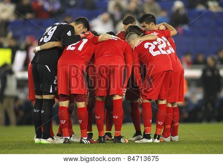 BARCELONA - JAN, 22: Sevilla FC players before Spanish League match against RCD Espanyol at the Estadi Cornella on January 22, 2015 in Barcelona, Spain