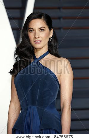 LOS ANGELES - FEB 22:  Olivia Munn at the Vanity Fair Oscar Party 2015 at the Wallis Annenberg Center for the Performing Arts on February 22, 2015 in Beverly Hills, CA